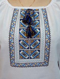Вишиванка, жіноча вишивана блузка на домотканому полотні (Арт. 01749) Palestinian Embroidery, Hand Embroidery Stitches, Easy Crafts, Projects To Try, Tapestry, Creative, Handmade, Diy, Decorations