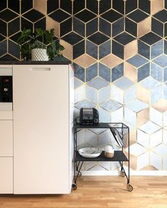 """337 gilla-markeringar, 12 kommentarer - HAPPYWALL - WALL MURALS ONLINE (@happywall_com) på Instagram: """"We just can't get enough of these beautiful cubes 😍⠀ .⠀ .⠀ .⠀ Thanks to @husnummertjugo for sharing…"""" Wall Murals, Tile Floor, Thankful, Bar, Canning, Wallpaper, Room Ideas, Decor Ideas, Crafts"""