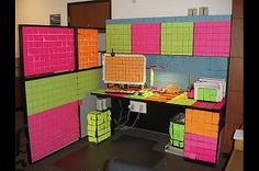 The ultimate post-it princess' cubicle