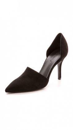 7321ef838de98e  TuesdayShoesday  7 Black Heels That Will Never Go Out of Style