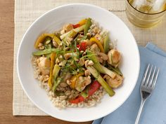 Spice up weeknight dinners with the best healthy recipes and lighter dishes from Food Network, and make over your midweek rotation. Giada De Laurentiis, Great Recipes, Favorite Recipes, Healthy Recipes, Healthy Dinners, Fast Dinners, Skinny Recipes, Weeknight Dinners, Yummy Recipes