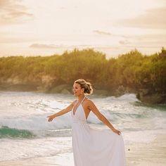 A picture from Heidi & Travis wedding at Batu karang lembongan, full post please visit http://anggapermana.com/heidi-travis-bali-wedding-at-batu-karang-lembongan-resort-and-day-spa/