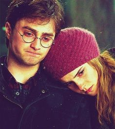 Harry and Hermione at his parents' graves