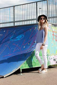 #fashion #blogger #hat #silver #babyblue #review #p&c #fashionid #blog #rayban #summer #outfit #metallic #birkenstock #trend #white #whitejeans #greyhair #grannyhair #pastelgrey