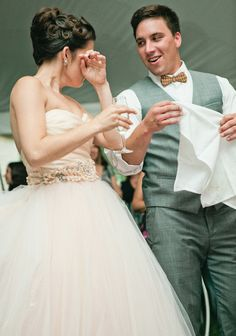 Still trying to figure out what you are going to say? Nerves are natural, and The Tailored Quill is here to help members of the wedding party organize their thoughts, outline a toast, and practice it before the big day. Photo credit: Cara Dee Photography