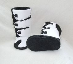 I wañt these in PINK!!  Baby boy or girl boots baby shoes MX motocross boots by Tooksberry, $70.00 Mx Boots, Girl Boots, Baby Boots, 2nd Baby, Baby Baby, Baby Boy Or Girl, Baby Time, Baby Shower Favors, Future Baby