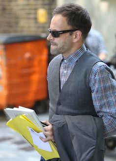 "Jonny Lee Miller …this may be as ""hipster"" as Jonny Lee gets…he's always so well-dressed. :)"