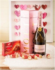 Birthday Presents and Flowers for Her: Treasured Moments! Good Birthday Presents, Birthday Gifts, Valentine Day Love, Valentines, Same Day Delivery Service, Alcohol Gifts, In This Moment, Bottle, Flowers