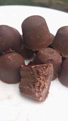 Oh yes, they taste like a nestle crunch bar! You can thank me later ;)   Nestlé Crunch Fat Bombs! 1/2 C. organic Coconut oil  1/2 C. grass fed butter or ghee  2 tbs...