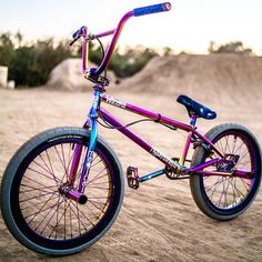 Hyper Wizard Complete bike in Jet Fuel parts. The Frame and fork is Jet Fuel color. Most all the parts are also in Snafu Jet Fuel Color. Bmx Bike Parts, Bmx Bicycle, Bmx Street, Bmx Bikes For Sale, Cool Bikes, Dh Velo, Vtt Dirt, Bmx Cranks, Bmx Wheels