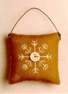 Feature In The Eyes: Christmas in cross stitch