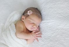 love these clean and simple baby photos // on to baby