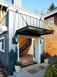 60 Best Windows Awning Ideas For Your Dream House - Enjoy Your Time