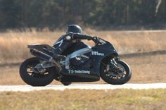 Treeline Catering's RSV4 - in motion at Jennings GP, FLA Jan 2014