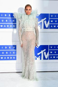 Beyoncé attends the 2016 MTV Video Music Awards at Madison Square Garden on Aug…