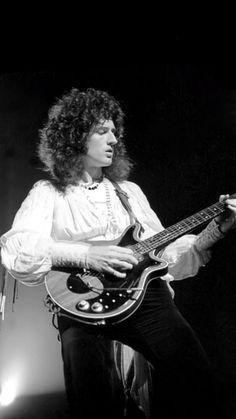 Queen Photos, Queen Pictures, Queen Brian May, Queen Ii, Roger Taylor, We Will Rock You, Somebody To Love, Queen Freddie Mercury, Queen Band