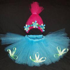 Poppy trolls tutu and headband https://www.etsy.com/listing/532093728/princess-poppy-troll-tutu-poppy-costume