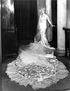 Helen Galin 1933  Ann Todd, 1933 © Getty Images