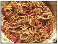 The Filipino Spaghetti Recipe is the Pinoy take on the Italian specialty, Spaghetti Bolognese which is sourer compared to sweet style version. Spicy Sloppy Joe Recipe, Sloppy Joes Recipe, Twice Baked Potatoes Casserole, Potatoe Casserole Recipes, Spaghetti Recipes, Spaghetti Sauce, Spaghetti Bolognese, Healthy Dessert Recipes, Appetizer Recipes