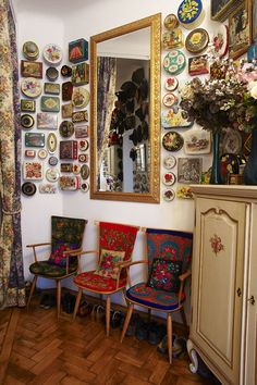 Die Designerin Susanne Bisovsky on Photography Served         A beautiful way to display your vintage tin collection!