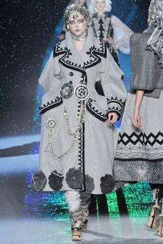 John Galliano Fall 2009 Ready-to-Wear Fashion Show - Coco Rocha