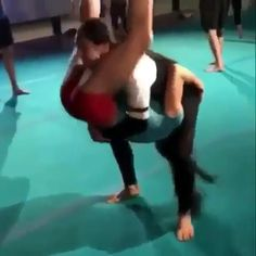Reclined oblique twist - Would you try this madness with your workout BFF? See more at slay fitness - Acro Yoga Poses, Partner Yoga Poses, Couples Yoga Poses, Acro Dance, Cute Cheer Pictures, Cheer Picture Poses, Yoga Videos, Workout Videos, Cheerleading Stunts