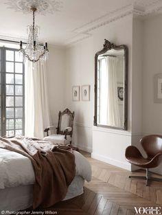 Another Fabulous Paris Apartment (Habitually Chic)