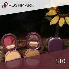 Covergirl  natural hue minerals pressed powder 2 Brown bronze 1 Q210 & 1 light bronze 1 Q200 retail  $20.16 ea Covergirl  Makeup Face Powder
