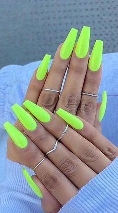 13 Trendy Neon Nail Designs That You Must Wear on Summer; Nails 13 Trendy Neon Nail Designs That You Must Wear on Summer Neon Yellow Nails, Neon Acrylic Nails, Bright Summer Acrylic Nails, Neon Nails, Summer Nails Neon, Nails Summer Colors, Bright Nails Neon, Neon Nail Colors, Neon Nail Art