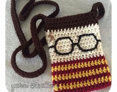 Measures approx 5 by 7 Harry Potter inspired cozy is listed in seperate Etsy listing. Harry Potter Scarf, Harry Potter Crochet, Harry Potter Quilt, Crochet Waffle Stitch, Crochet Shell Stitch, Crochet Gifts, Crochet Yarn, Crochet Coffee Cozy, Owl Crochet Patterns