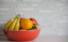 New guidance has been issued this month advising consumers that apples, oranges and other fruit should be kept in the fridge to prolong shelf life.