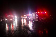 Hurricane Sandy - Ambulances wait outside New York University Tisch Hospital | latino.foxnews.com | Photo: AP/John Minchillo