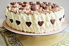 Desert tort aniversar - 5 ani de bucataras Romanian Desserts, Romanian Food, Oreo Dessert, Dessert Ideas, Homemade Cakes, No Bake Cake, Baking Recipes, Cupcake Cakes, Sweet Treats