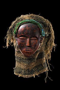 "Mask ""mwana phwevo"", Angola, Luena"