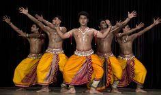 http://kalyanakrishna.org/images/PHOTO/Kalyana%20Krishna%20Dance%20and%20Music%20Festival%202013/J10Odissi_RudrakshyaFoundation.jpg