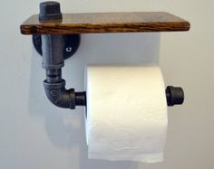 Industrial pipe toilet paper holder - 50 Decorative Rustic Storage Projects For a Beautifully Organized Home Rustic Industrial Decor, Industrial House, Industrial Furniture, Rustic Decor, Industrial Pipe, Vintage Industrial, Decor Vintage, Rustic Chair, Rustic Crafts