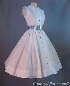 I love Jonathan Logan, had several of his outfits in the early 60s. I did have a dress this style too, with 3 starched petticoats underneath.