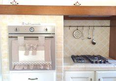 Copri Forno Ricamabile, arredamento casa, #copriforno #ovencover http://www.nellessenziale.it/category/copriforno/ https://www.alittlemarket.it/boutique/creativelife-2426452.html