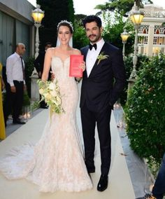 Burak Ozcivit and Fahriye Evcen got married in Sait Halim Pasha Mansion, Istanbul on June 29, 2017.