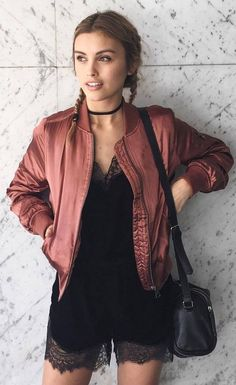 simple outfit: bomber jacket + bag + black palysuit