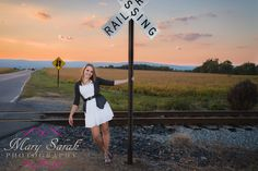 Pix For > Fun Senior Pictures IdeasFor Girls. I just really love the background in this picture.