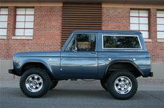 1966 FORD BRONCO CUSTOM SUV - Side Profile - 139019