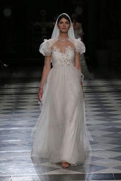 Vestido de novia de YolanCris colección Haute Couture 2018