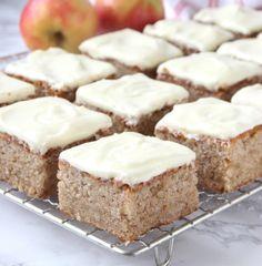 Lindas Bakskola – Pastry World Bakery Recipes, Dessert Recipes, Desserts, Apple Recipes, Sweet Recipes, Danish Dessert, Kolaci I Torte, Let Them Eat Cake, No Bake Cake