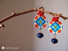 Dopo il Medio e l'Estremo Oriente, dopo la ceramica italiana, dopo mezzo mondo di pottery&porcelain, alla fine sono approdata Oltreoceano: M...