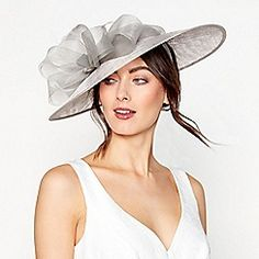 Buy Occasion hats & fascinators from the Womens department at Debenhams. You'll find the widest range of Occasion hats & fascinators products online and delivered to your door. Silver Fascinator, Headpiece, Occasion Hats, Occasion Wear, Sinamay Hats, Fascinators, Mother Of The Bride Hats, Wedding Hats, Wedding Dress