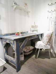 shabby desk and chair