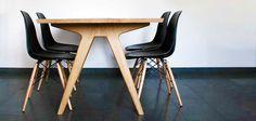 Diningtable large matbord med insats från Hans Hansen hos ConfidentLiving.se