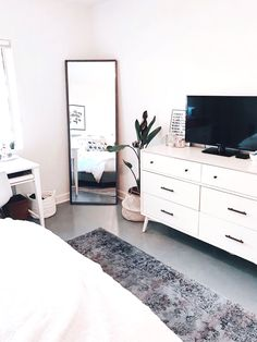 Clean aesthetic bedroom blairewilson fresh bedroom white minimal plant room makeover full length mirror area rug tv aesthetic home inspo inspiration goals style cozy lof. Room Makeover, Bedroom Makeover, Home Bedroom, Perfect Bedroom, Home Decor, Room Inspiration, Apartment Decor, Bedroom Decor, Aesthetic Bedroom