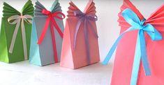DIY Paper Gift Bag (Easy) Paper Craft Ideas Great Gift Ideas diy gift bag ideas - Diy Bag and Purse Diy Paper Bag, Paper Bag Crafts, Paper Gift Bags, Paper Gifts, Diy Crafts, Diy Wrapping Paper Gift Bag, Japanese Gift Wrapping, Japanese Gifts, Origami Gift Bag